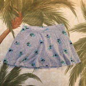 4/$20 Old Navy Gray Floral Skort Skirt Size XS